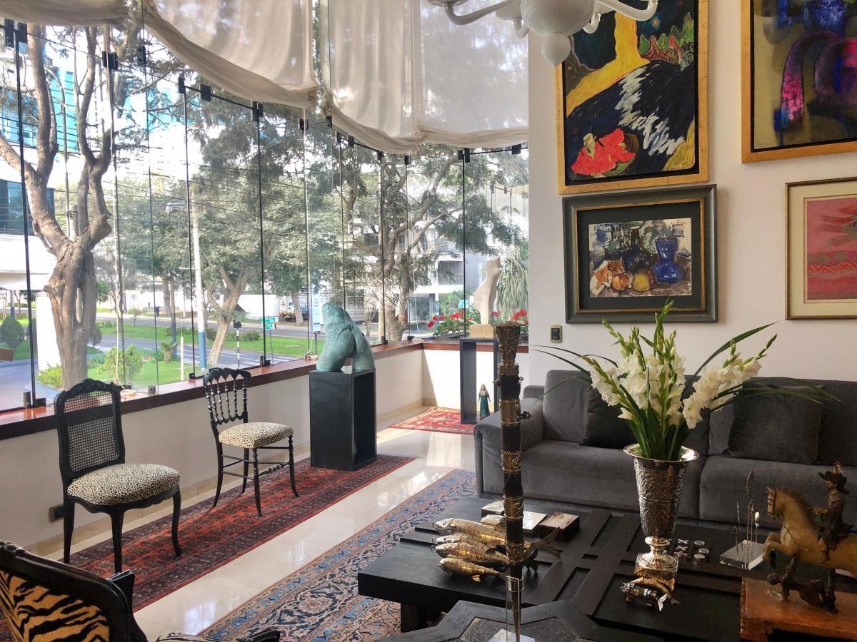 LINDO DUPLEX TOTALMENTE REMODELADO EN CHOQUEHUANCA SAN ISIDRO CERCA AL GOLF